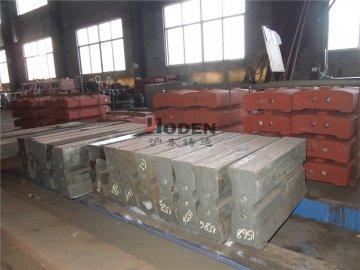 低合金耐磨钢破碎机板锤的化学成分-沪东铸造
