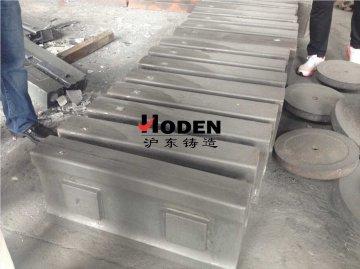 板锤厂家为你讲述板锤的质量和工作效率相关